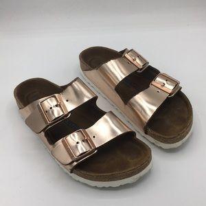 BIRKENSTOCK Arizona rose gold metallic sandals